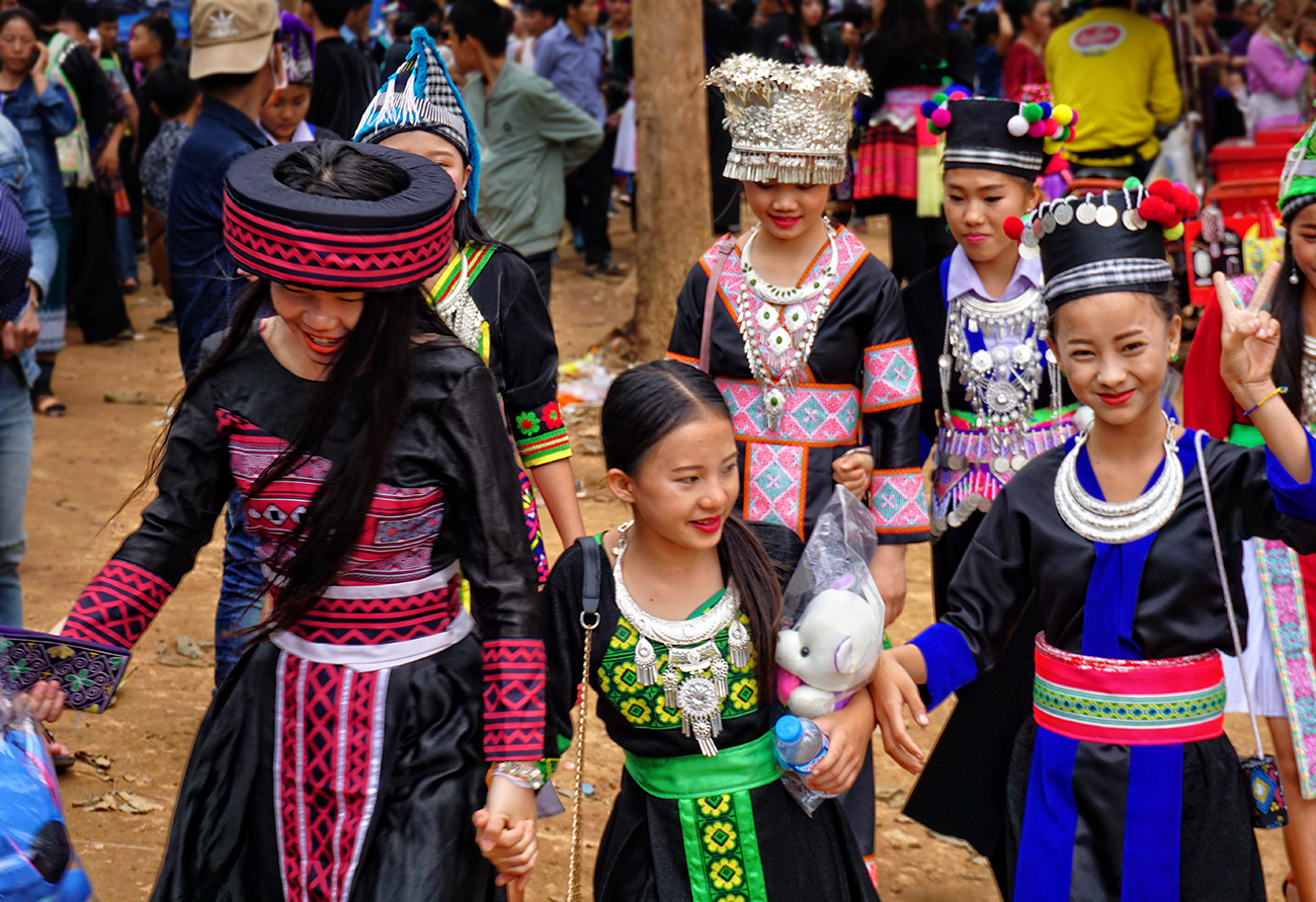 Hmong New Year – The Road Is Our School